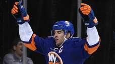 New York Islanders center John Tavares reacts after