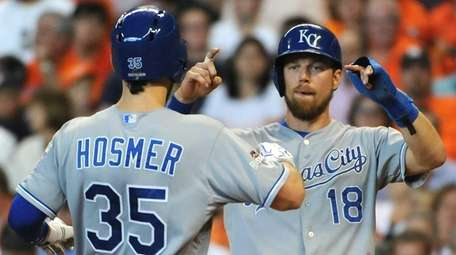 Eric Hosmer #35 of the Kansas City Royals