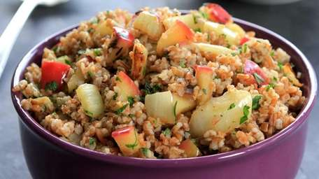 Bulgur tossed with sauteed fennel and apple makes
