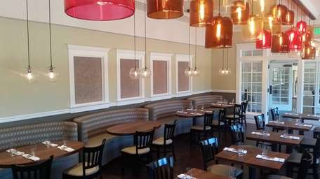 Pure North Fork Craft Bar and Bistro replaces