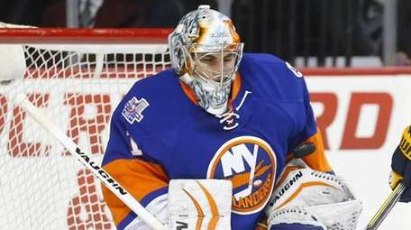 Thomas Greiss of the Islanders makes a first