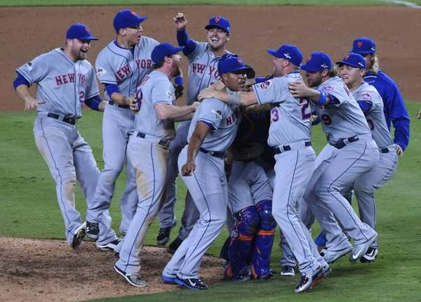 The New York Mets celebrate their National League