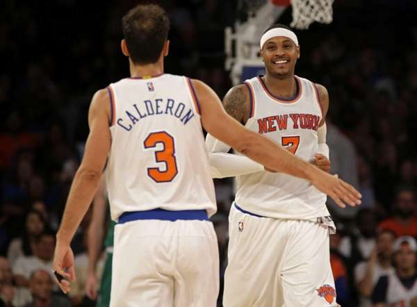 New York Knicks forward Carmelo Anthony celebrates with