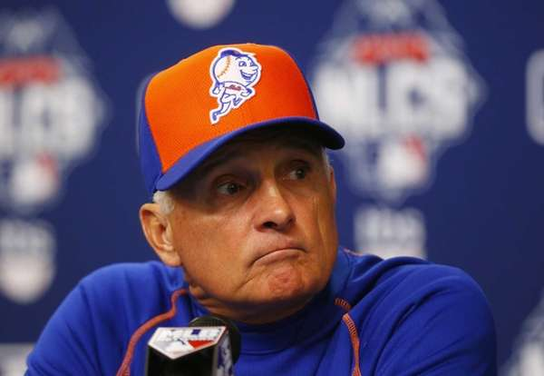 New York Mets manager Terry Collins speaks to