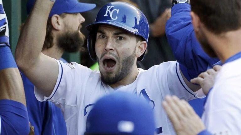 Kansas City Royals' Eric Hosmer celebrates in the