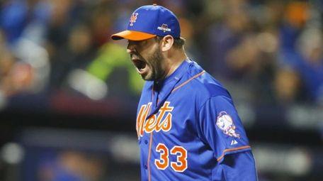 New York Mets starting pitcher Matt Harvey (33)