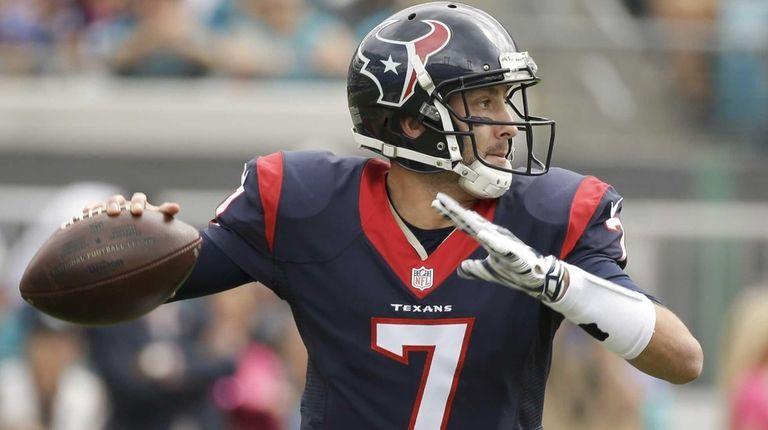 Houston Texans quarterback Brian Hoyer (7) looks for