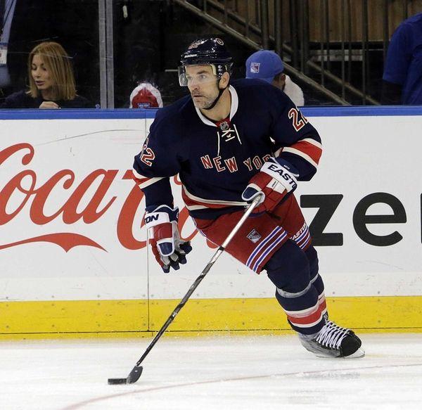New York Rangers defenseman Dan Boyle (22) brings