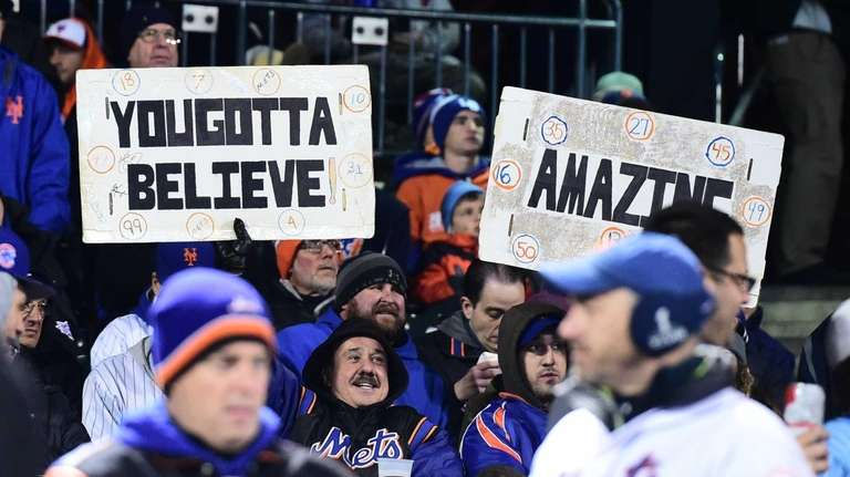 New York Mets fans have the signs out
