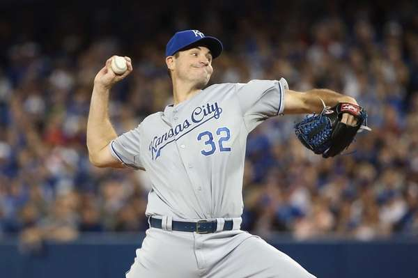 Chris Young of the Kansas City Royals throws