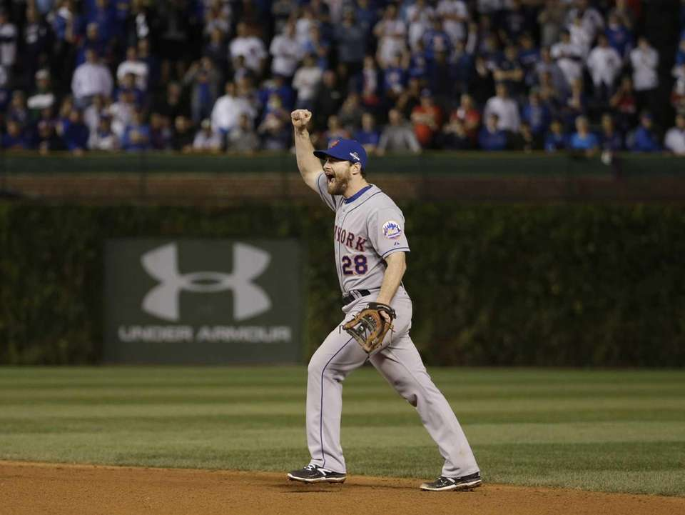 New York Mets' Daniel Murphy celebrates after Game