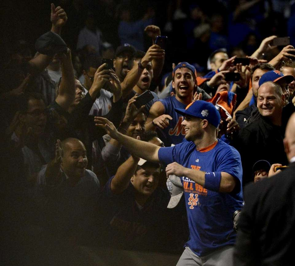 New York Mets third baseman David Wright celebrates
