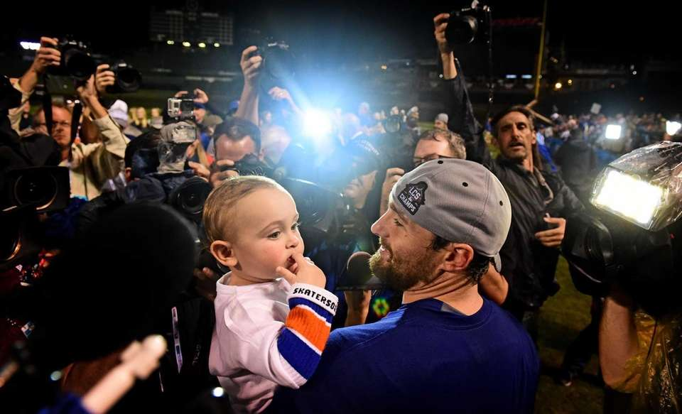 New York Mets Daniel Murphy with his son
