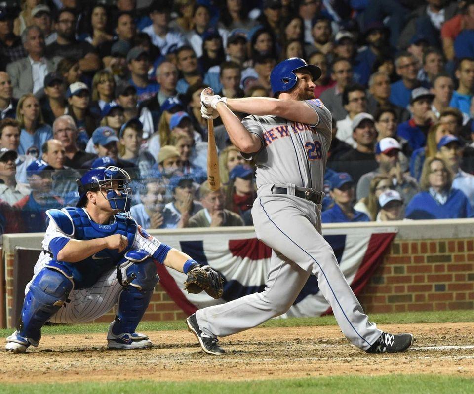 New York Mets second baseman Daniel Murphy (28)