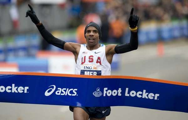 Meb Keflezighi of the US celebrates as he