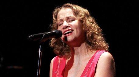 Joan Osborne performs at the YMCA Boulton Center