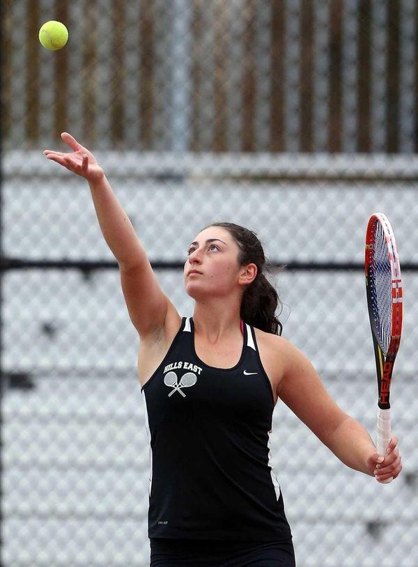 Half Hollow Hills East's Stephanie Chikvashvili defeats Commack's