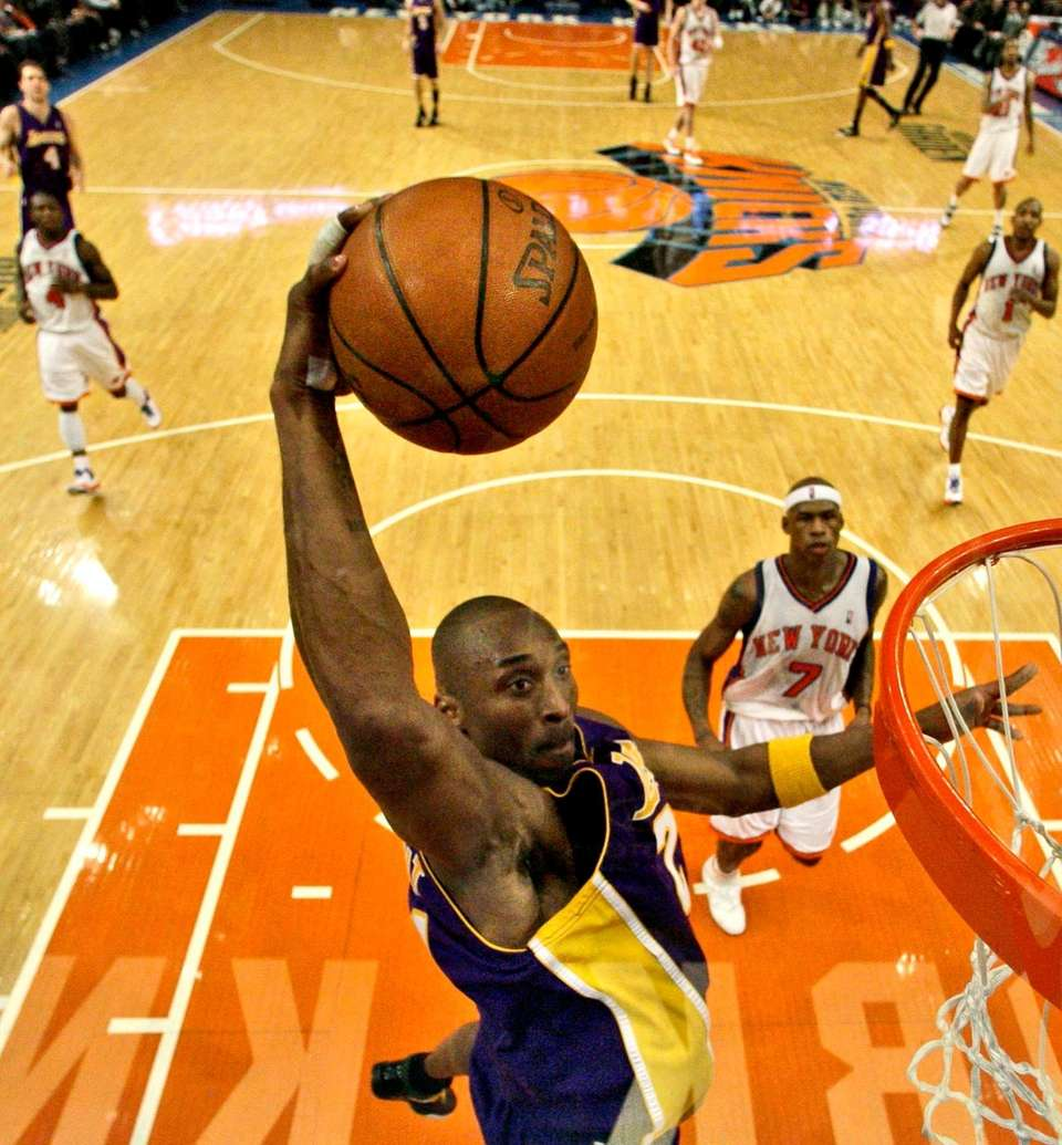 Kobe Bryant scored 61 points and was serenaded