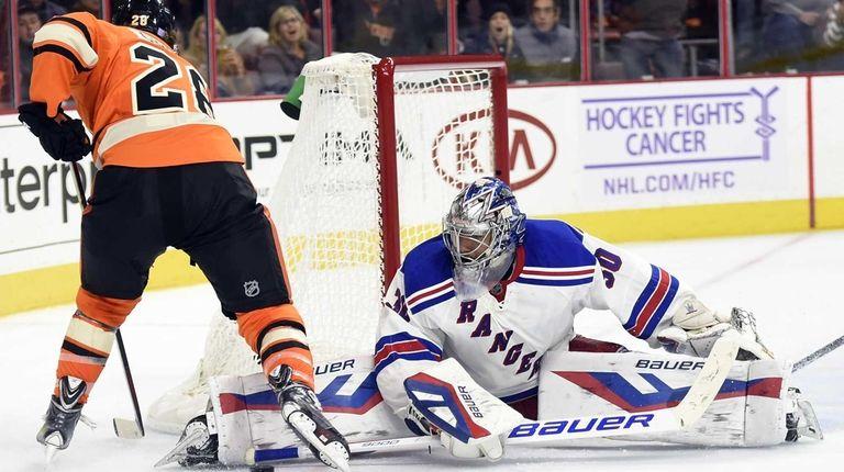New York Rangers' Henrik Lundqvist (30), of Sweden,