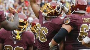 Washington Redskins tight end Jordan Reed celebrates his
