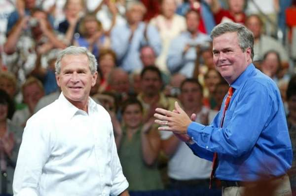Former President George W. Bush and Jeb Bush.