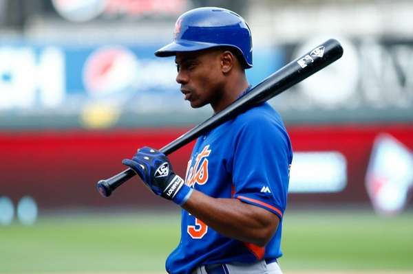 Curtis Granderson of the New York Mets waits