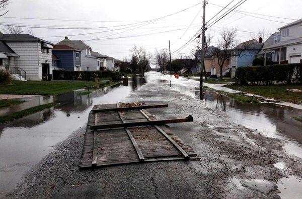 Damage caused by Hurricane Sandy on Nassau Avenue
