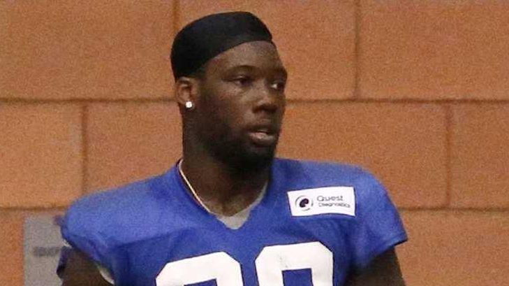 New York Giants defensive end Jason Pierre-Paul holds