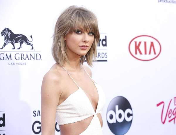 Singer Taylor Swift arrives at the Billboard Music