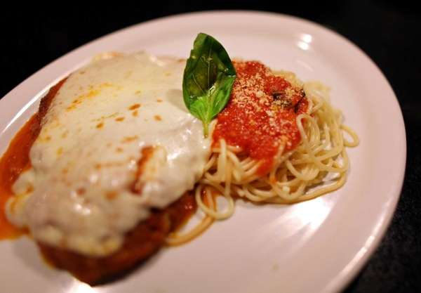 The chicken parmesan plate at the Primo Piatto