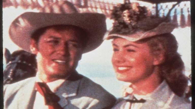 Gordon MacRae and Shirley Jones in