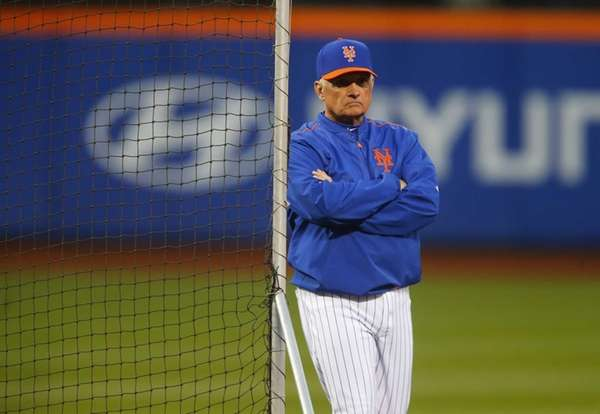 New York Mets manager Terry Collins during batting