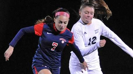 South Side's Ally Diez, left, gets pressured by
