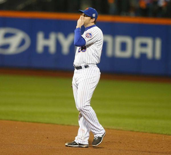 New York Mets second baseman Daniel Murphy reacts