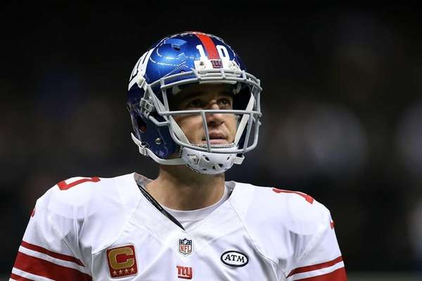 Eli Manning of the New York Giants participates