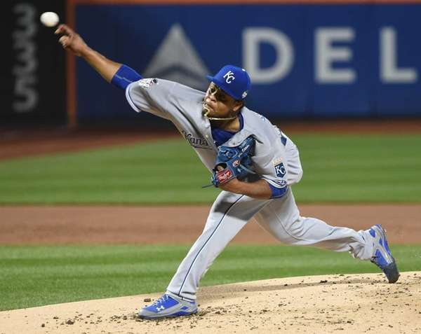 Kansas City Royals starting pitcher Edinson Volquez (36)