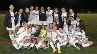 The Islip girls varsity soccer team after their
