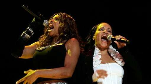 Salt-N-Pepa perform during the Essence Music Festival in