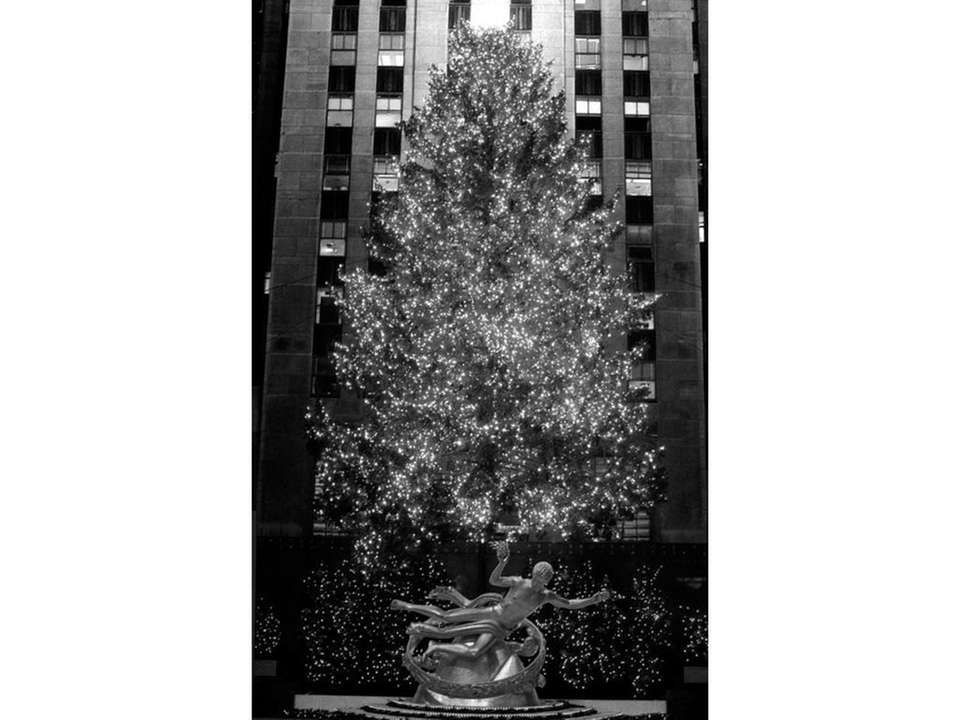 The Rockefeller Center Christmas tree seen in 1989.