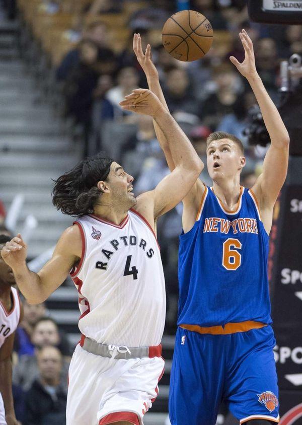 Toronto Raptors forward Luis Scola (4) and New