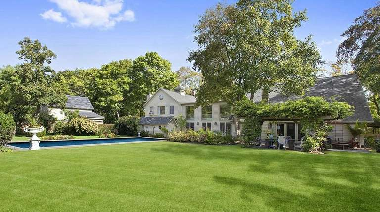 A Converted Barn In East Moriches 1395 Million Newsday