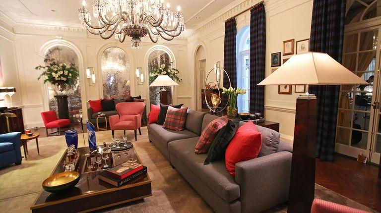 Manhattan interior designer James Rixner played up the