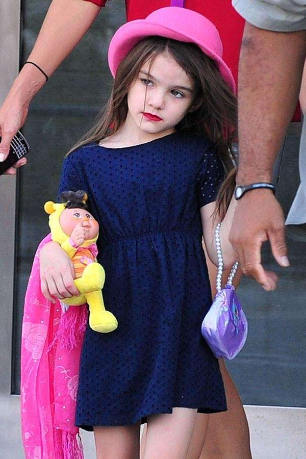 Celebrities, they're just like us! Pictured here, Suri