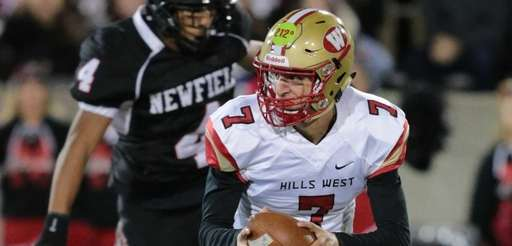 Half Hollow Hills West Quarterback Anthony Lucarelli #7