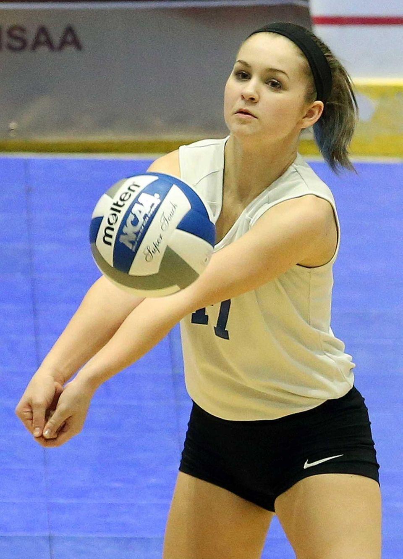 Glenn's Camryn Ackley keeps the ball under control