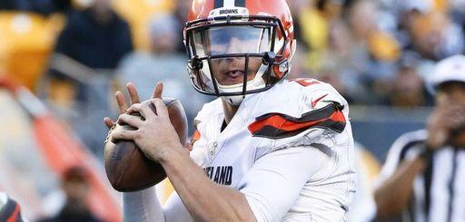 FILECleveland Browns quarterback Johnny Manziel (2) plays during