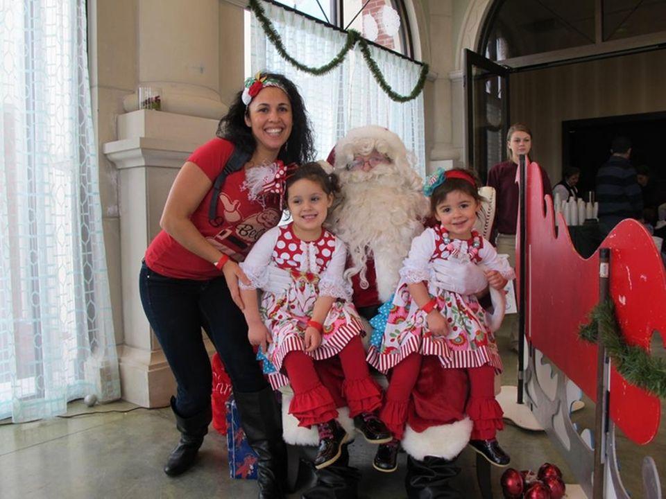 Santa will be visiting the Long Island Aquarium
