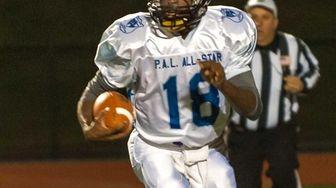 Suffolk High School White team player Livingston Harriott