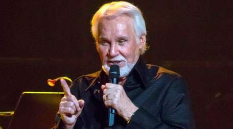 Kenny Rogers performs what might be his last