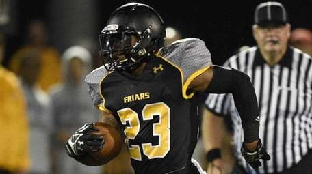 St. Anthony's running back Jordan Gowins in an